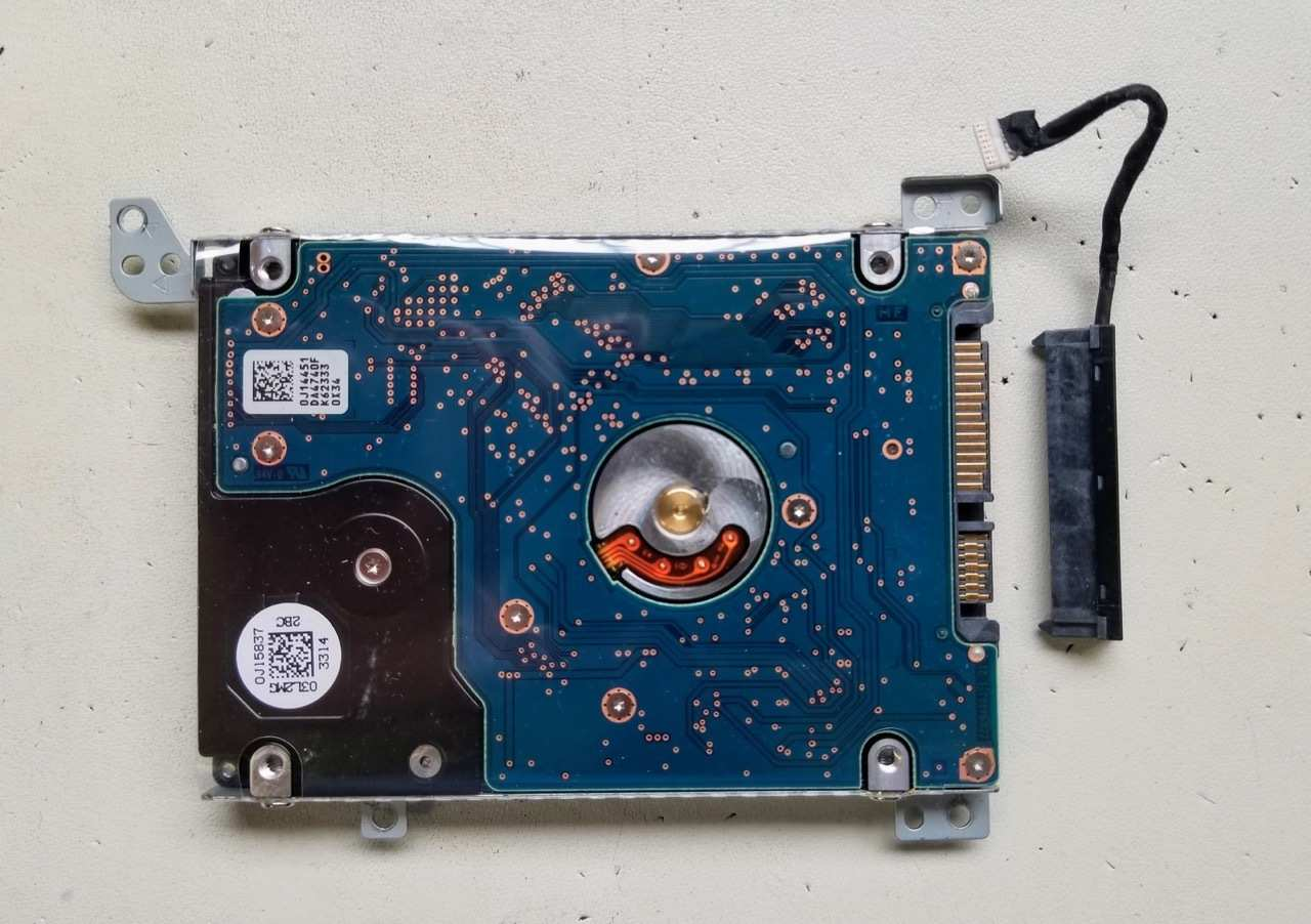 Nhu-nao-thao-laptop-Toshiba-Satellite-E45t