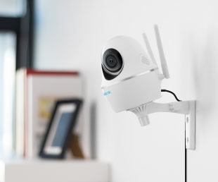 Camera wifi PTZ thông minh 5MP - Reolink C2 Pro  Siêu nét HD 5MP , PTZ linh hoạt