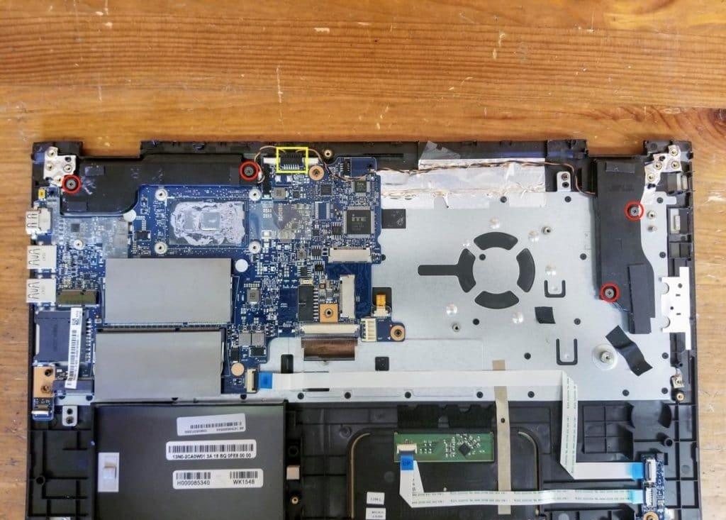 nhu-nao-de-thao-laptop-Toshiba-Satellite-P55W-C5316