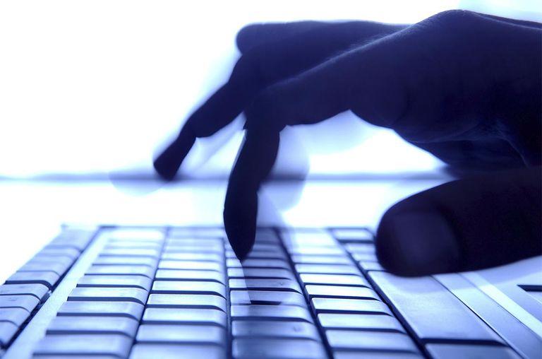 Như nào để thay đổi địa chỉ ip của bạn có nhiều lý do bạn muốn thay đổi địa chỉ ip của bạn và nhiều loại địa chỉ IP bạn có thể thay đổi . điều quan trọng là biết loại nào bạn quan tâm thay đổi trước khi tiếp tục . Tại sao thay đổi địa chỉ ip của bạn ? một số người thay đổi địa chỉ IP bên ngoài , công khai của họ để tránh cấm Online hoặc để bỏ qua giới hạn địa phương quốc gia mà một số site lợi dụng nội dung video của họ . việc thay đổi địa chỉ ip của một máy tính , điện thoại , hoặc router là hữu ích khi : ● bạn ngẫu nhiên cấu hình một địa chỉ không hợp lệ , như là một địa chỉ ip tĩnh không đúng . ● sử dụng một router trục trặc mà cung cấp những địa chỉ bad , như là một địa chỉ đã được sử dụng bởi một máy tính khác trên hệ thống . ● cài đặt một router mới và cấu hình lại hệ thống ngôi nhà của bạn để sử dụng địa chỉ IP mặc định của nó . Như nào để thay đổi địa chỉ IP công khai của bạn một địa chỉ IP bên ngoài , công khai là địa chỉ được sử dụng để liên lạc với hệ thống bên ngoài của bạn . Bạn có thể đọc thêm về như nào để thay đổi địa chỉ IP công khai của bạn , nói về sử dụng VPN để che giấu địa chỉ IP. một số nhà cung cấp dịch vụ cho địa chỉ ip tĩnh đến khách hàng của họ . điều này không phổ biến với người sử dụng gia đình khi hầu hết được cấu hình với một địa chỉ IP động , Nhưng nó có thể là trường hợp của bạn , bạn có thể liên lạc với nhà cung cấp dịch vụ để yêu cầu một địa chỉ IP mới . Bạn không thể tự bạn thay đổi địa chỉ IP bên ngoài của bạn . Như nào để thay đổi địa chỉ IP cục bộ của bạn địa chỉ IP cục bộ được chỉ định cho router của bạn và bất kỳ thiết bị đằng sau một router , được gọi là địa chỉ IP riêng . Bạn có thể tìm địa chỉ IP gateway mặc định ( của router của bạn) và địa chỉ IP máy tính của bạn bằng một số cách . thay đổi một địa chỉ ip của router để thay đổi địa chỉ ip của router đòi hỏi đăng nhập vào router. Khi đăng nhập vào bạn có thể thay đổi địa chỉ IP bất kể cái gì bạn thích . tuy nhiên nên biết rằng địa chỉ IP này hầu như không bao giờ thay đổi
